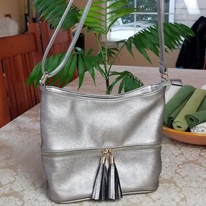 Handbags - Silver Faux Leather Shoulder Bag